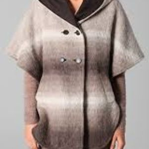Club Monaco Maiden Poncho coat brown size L